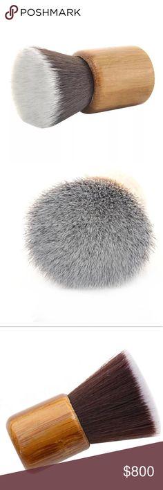 Wooded Mini Brush New in package. Short & simple brush.   ▫️Material: man made fiber   ▫️Length: 16cm     ⬛️ Posh Ambassador ◼️ 600+ Sales   No Trades Makeup Brushes & Tools