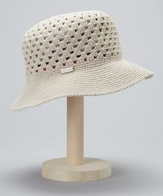 Sand Zinna Crocheted Bucket Hat