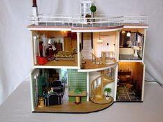 1930s Art Deco Dolls House 3