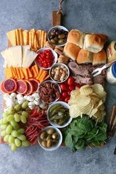 WMF Cutlery And Cookware - One Of The Most Trustworthy Cookware Producers Super Bowl Charcuterie Board Having Friends Over To Watch The Big Game? You Need Food Build A Charcuterie Board For Super Bowl Sunday What Would You Put On Your Board? Charcuterie Recipes, Charcuterie Platter, Charcuterie And Cheese Board, Party Food Platters, Food Trays, Game Day Snacks, Game Day Food, Appetizer Recipes, Appetizers