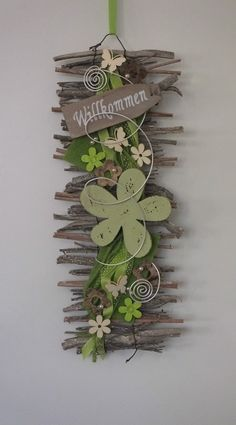 Door wreath door decoration welcome wall hanging felt flower spring in furniture Diy Projects For The Home Decoration Door Felt Flower Furniture hanging Spring wall WREATH Twig Crafts, Diy And Crafts, Simple Crafts, Clay Crafts, Felt Crafts, Wood Crafts, Paper Crafts, Deco Nature, Deco Floral