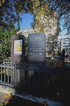 Natural History Museum – external signs