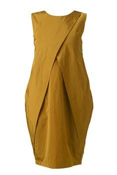 NUBU: FIRRIRO TSHIRT: Dorn dress