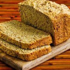 Pão de linhaça dourada sem glúten. Este site tem 400 receitas de liquidificador.