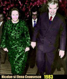 Lovitură de stat 1989   Nicolae Ceauşescu Preşedintele României site oficial Mtv, History, Halloween, Formal, Instagram, Style, Fashion, Military, Preppy