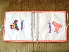 Necessaire de tecido com divisórias (uma forrada com plástico) para trasnportar lingerie usada e limpa, em viagens. Prático para organizar a mala e presentear. As cores podem variar a desejo do cliente.