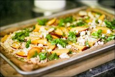Peach & gorgonzola pizza!