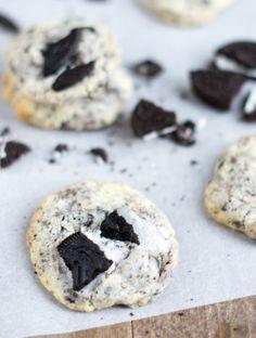 Oreo koekjes (20 koeken): 100 g roomkaas - 100 g roomboter - 150 g kristalsuiker - 130 g bloem - 10 oreo koekjes
