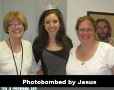 This is just too adorable! Jesus getting in pics and stuff. haha