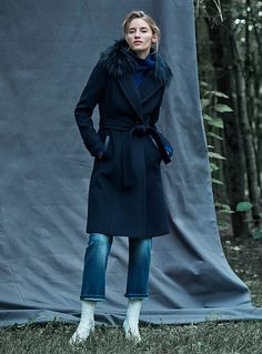 The Coat Portfolio | Simons #Contemporaine #Women #MaisonSimons #WinterCoat #Fashion #mackage