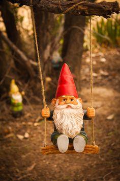 Swinging - Gnomo, enanito, jardín