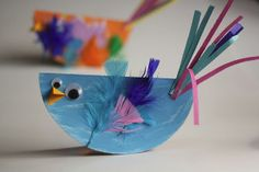 Colorful Paper Plate Birds: these are one of the cutest animal crafts I've ever seen. These would be so easy to make with a classroom!