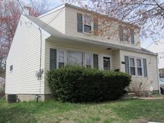 HOME FOR SALE- ENTOURAGE ELITE REAL ESTATE- 2770 MIRIAM AVENUE, ABINGTON, PA 19001  CHARMING, MOVE IN READY HOME W/EAT IN KITCHEN, FINISHED BASEMENT & MORE !