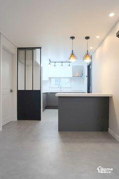 대전 아파트 리모델링 월평동 진달래 아파트/어은동 한빛 32평 아파트 인테리어안녕하세요 홈데코 인테리어... Arch Interior, Interior Design, Kitchen Interior, Home And Living, Entrance, Sweet Home, Bathroom, Furniture, Home Decor