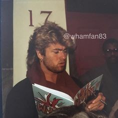 Sharing a photo that I took of our beloved beautiful George in the mid 80's This photo was taken outside Wham's management office called Nomis in west London and I was amongst many Wham fans❤George was always kind to us and would always stop to sign our Wham pictures❤Will never forget those days❤ #georgemichael #ripgeorgemichael #greek #cypriot #gonetoosoon #legend #devastated #wham #80s #special #memories #rare #neverseenbefore #photo