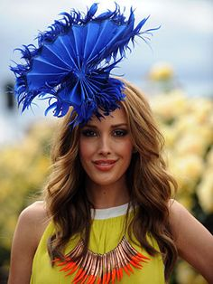 It's all about Colour at the races - Must have a fascinator like this!
