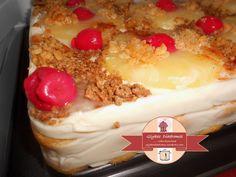 Pineapple vanilla cream cheese dessert - Τούρτα ανανά / glykesdiadromes.wordpress.com Layer Cakes, Wordpress, Pudding, Desserts, Food, Tailgate Desserts, Deserts, Custard Pudding, Essen