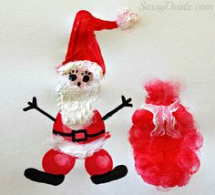 DIY Fingerprint Santa Clause craft for kids at Christmas! | http://www.sassydealz.com/2013/11/christmas-winter-fingerprint-craft.html