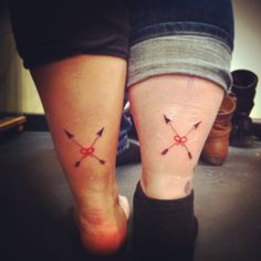 Friendship tattoo- crossing arrows and red string of fate would use different style of arrows