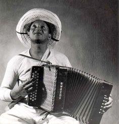 Photo extraite de la série 'Los Mùsicos', Colombie, 1951 du photographe colombien Leo Matiz (1917-1998)