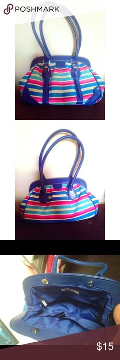 Cato Striped Purse Blue striped purse. Rarely used, has been in the closet for a few years, perfect condition. Open for offers 😊 Cato Bags Shoulder Bags