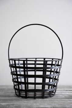 wrought iron garden basket...love