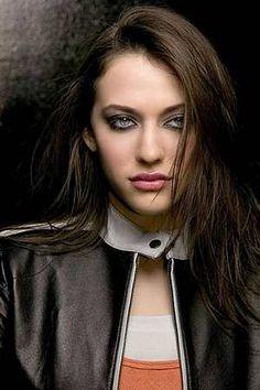 Kat Dennings, wil be playing Darcy Lewis in Thor 2 Movie, The Dark World 2013 Kat Dennings, Beautiful Celebrities, Beautiful Actresses, Beautiful People, Gorgeous Women, 2 Broke Girls, Max Black, Def Not, The Dark World