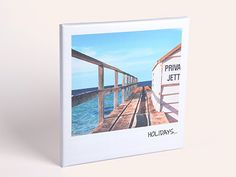 Show off your photos on our retro canvas to get that vintage feel. Available in 3 sizes.