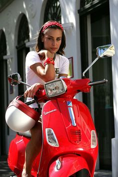 Red vespa girl scooters with photos 162