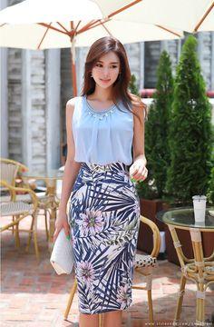 Korean Women`s Fashion Shopping Mall, Styleonme. Asian Woman, Asian Girl, Korean Makeup Look, Korean Women, Lace Skirt, Knitwear, High Waisted Skirt, Floral Prints, Elegant