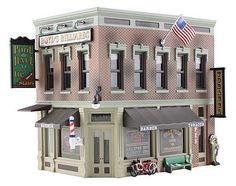 Built/Ready Corner Emporium HO (woobr5024) Woodland HO Scale Model Railroad Buildings