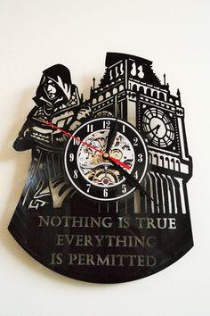 Assassins Creed Design vinyl record wall clock in Maison, Horloges, Horloges murales   eBay