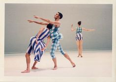 1997 The Merce Cunningham Dance Company premiered Scenario at the Brooklyn Academy of Music. The costumes were designed by Rei Kawakubo Rei Kawakubo, Merce Cunningham, Seattle Art Museum, Academy Of Music, Fashion D, Vintage Fashion Photography, Dance Company, Fashion Project, Comme Des Garcons