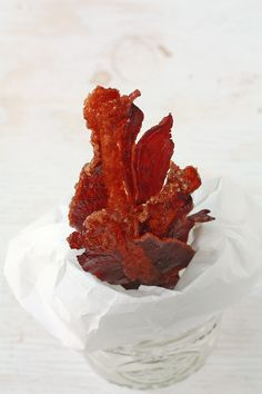 Candied bacon jerky made with brown sugar and spiced with cayenne baked in the oven so you can make this even if you don't have a dehydrator Candied Bacon Jerky Recipe, Deer Jerky Recipe, Jerky Recipes, Smoker Recipes, Canning Recipes, Beef Recipes, Oven Jerky, Pork Jerky, Venison