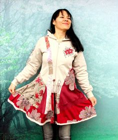 Floral embroidered sweatshirt recycled dress tunic. Made from recycled clothing and pieces of new fabric. Opended with zipper. Hippie boho style. One of a kind. Size: M (european 38 ) Bust max - 38 inches (97 cm) Hips line max 44 inches (112 cm) Length is about: 35 inches (90cm)