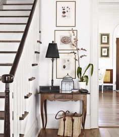 The small details really add to the style and finish of this hallway.
