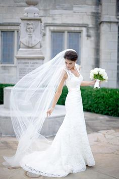 #RealBride wearing a classic lace heidi elnora wedding dress for her big day! Elegant and romantic, this would be perfect for a traditional wedding!