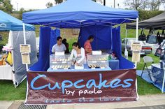 Cupcakes display. Do you want to know the suitable gazebo for your market stall? Check this out-  http://www.gazebosaustralia.com.au/3m-x-3m-oztrail-deluxe-gazebo-with-vented-navy-blue-canopy/