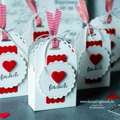 Schnell gemachtes Gastgeschenk - kreativglueck.de Treat Holder, Party Favors, Stampin Up, Treats, Holiday, Cards, Guest Gifts, Sweet Like Candy, Goodies