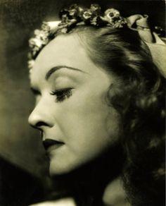 Bette Davis, 1930s,