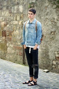 H Sandals, H Jeans, Minimum Belt, Dr. Denim Longsleeve, G Star Raw Jacket, Konrad Backpack