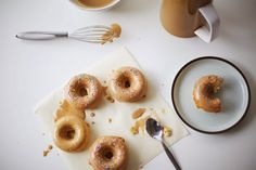 Donuts de vainilla y nuez moscada con glaseado de café, Coco Cake Land