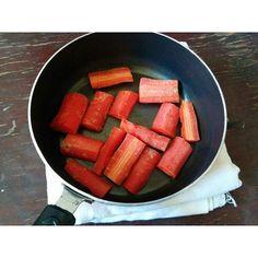 Delhi carrot love n a fresh healthy smoothie on vanasaanda.com  #recipe #ingredients #foodblogger #picoftheday #homemade #organic #diet #healthy #inthemaking