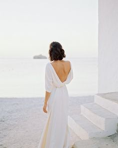 """Carmencita Film Lab on Instagram: """"We don't think there is anything as beautiful and romantic as a Mediterranean-inspired wedding. Although maybe that's because we're from…"""" Form Fitting Wedding Dress, Olive Wedding, Wedding Attire, Wedding Dresses, Greece Wedding, Romantic Lace, Timeless Wedding, Photography Workshops, Bride Hairstyles"""