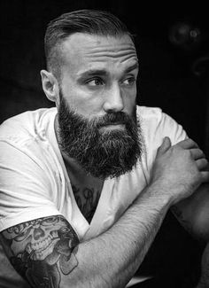 How to grow a full, thick and dense beard. – Men's Hairstyles and Beard Models Beard Game, Epic Beard, Full Beard, Men Beard, Great Beards, Awesome Beards, Beard Styles For Men, Hair And Beard Styles, Perfect Beard