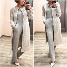 Learn How To Knit Jacket Dusty Rose For Women - Best Knitting Crochet Dress Outfits, Crochet Clothes, Crochet Coat, Crochet Cardigan, Crochet Ruffle, Crochet Bikini, Diy Crafts Knitting, Stylish Jackets, Cardigan Pattern