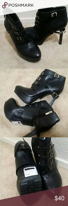 """NWT BCBGeneration 9.5 ankle boots Never used black boots with 5"""" heel and 1"""" platform BCBGeneration Shoes Ankle Boots & Booties"""