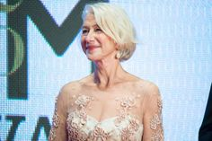 Dame Helen Mirren is in love with Irish star Saoirse Ronan.: Dame Helen Mirren is in love with Irish star Saoirse Ronan… Hair Styles 2016, Medium Hair Styles, Short Hair Styles, Look Older, Look Younger, Faded Hair Color, Shaggy Bob Hairstyles, Sixty And Me, Step By Step Hairstyles