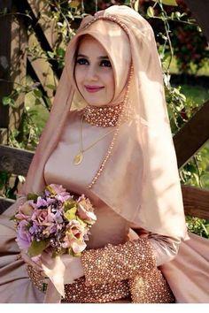 Kapalı Bayan Nişan Kıyafetleri Nasıl Olmalı Model Seçimi
