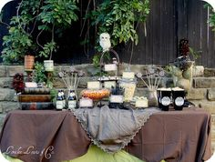 Hogwarts Express Harry Potter Inspired Party by Loralee Lewis Harry Potter Table, Harry Potter Fiesta, Harry Potter Candy, Cumpleaños Harry Potter, Harry Potter Halloween, Harry Potter Wedding, Harry Potter Birthday, Harry Potter Baby Shower, Candy Table